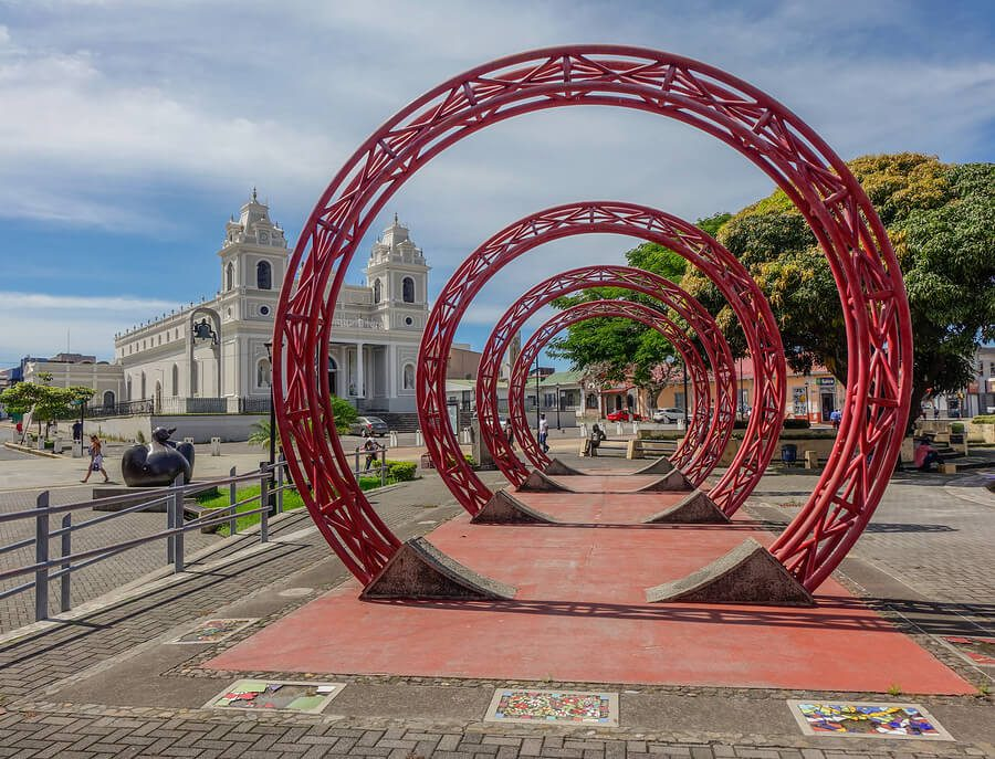 A monument in the centre of San Jose.
